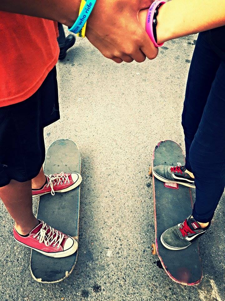 Learn how to skate - friendship